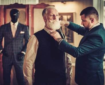 FEATURED_Comparing-Bespoke-Made-to-Measure-and-Off-the-Rack-Suits_Custom-Suits_Custom-Suit_Mohans-Custom-Tailors